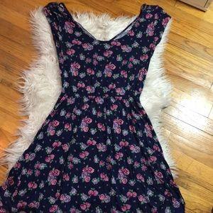 XL Floral Open Back Dress Kirra [Pacsun]